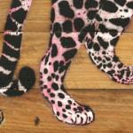 Galerie Art Jingle MOSKO Jaguar Profil Rose 35 x 50 cm 2021 Détail 2